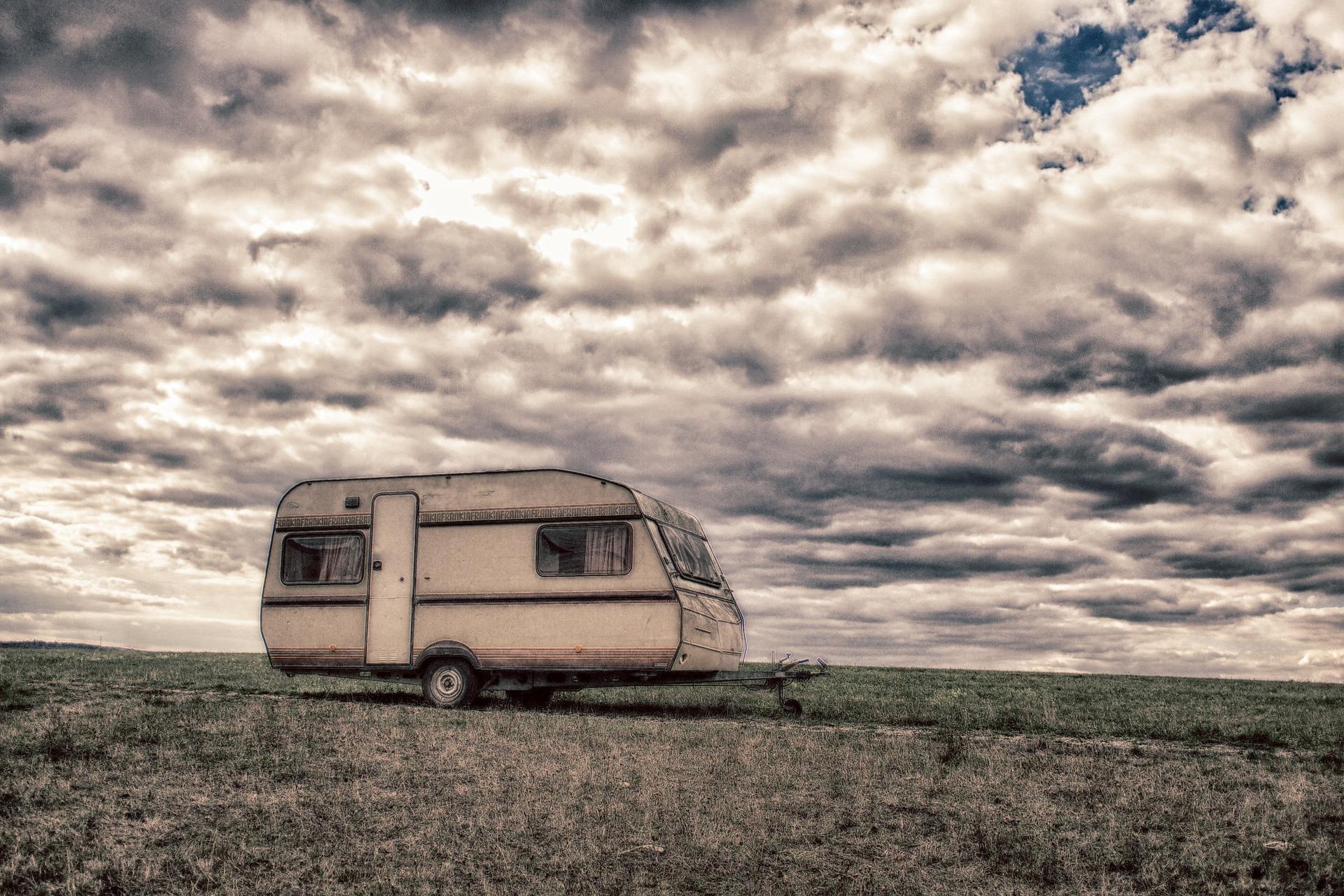 Como llevar una caravana hasta el camping